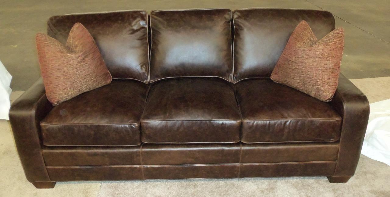 Charming King Hickory Bentley Sofa