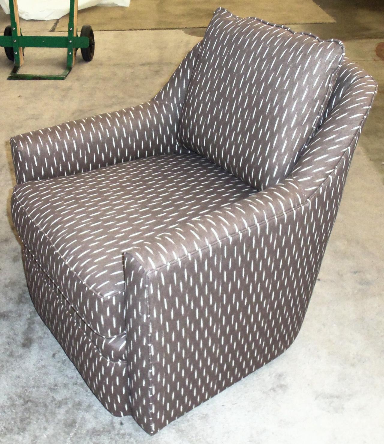 Barnett Furniture Rowe furnitureHollins swivel chair