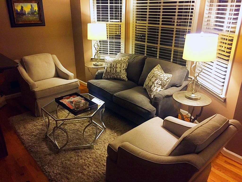 Barnett Furniture 2016Customer orders